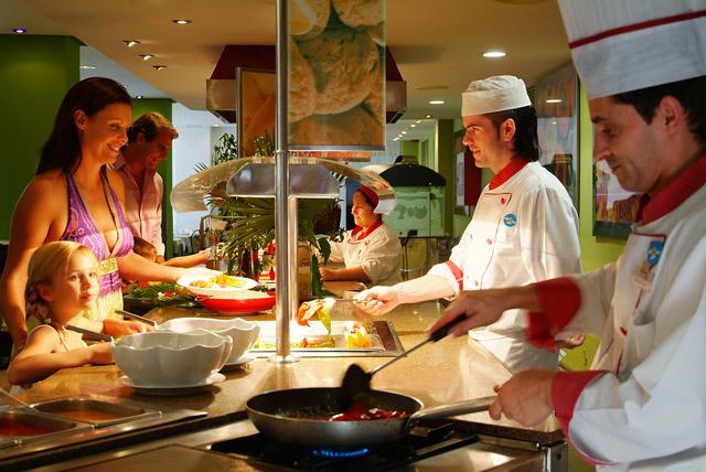 all-inclusive-restaurant